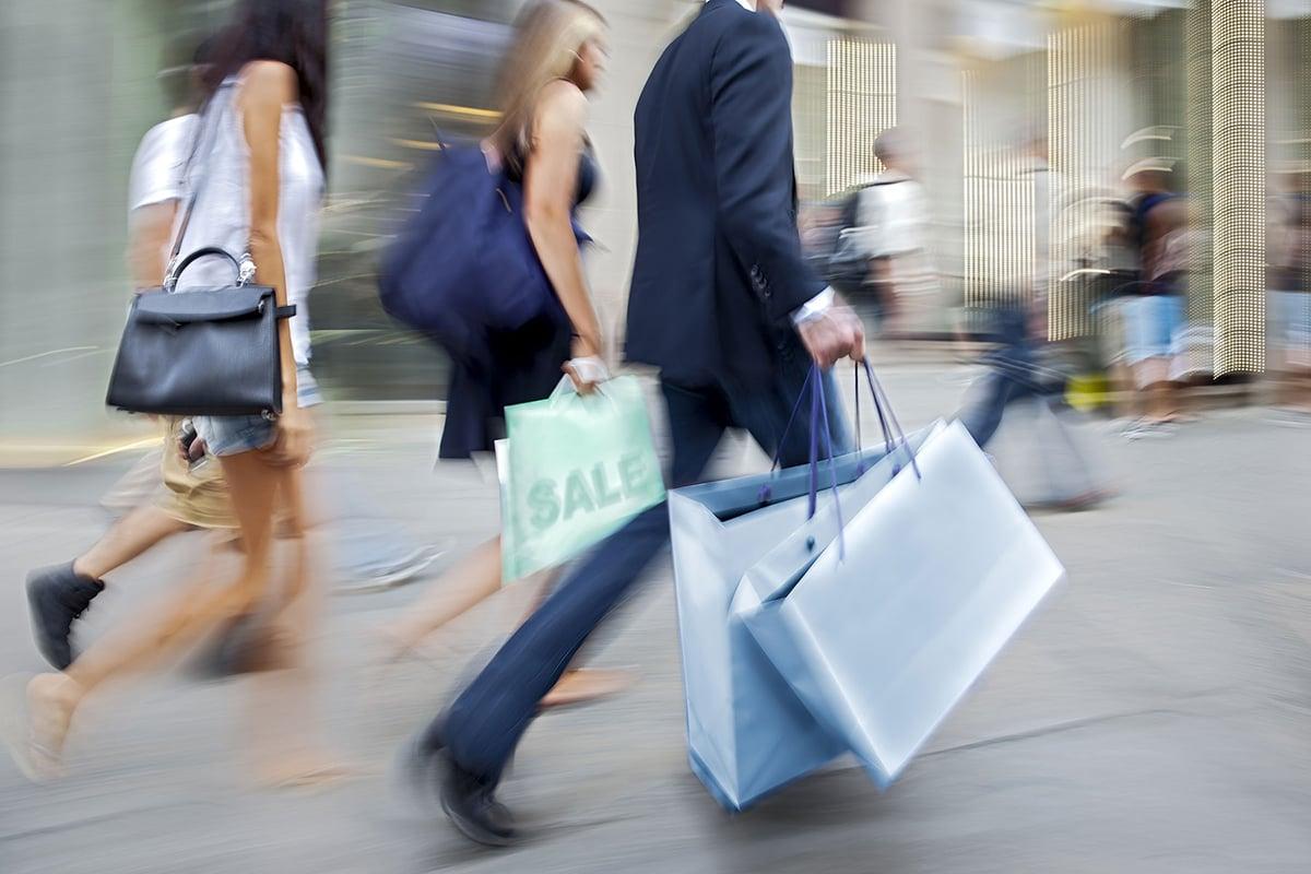 reduce ecommerce holiday returns with PIM