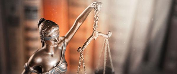 Gesetzliche Auflagen einhalten - Kundendaten - Stammdatenverwaltung - Stibo Systems